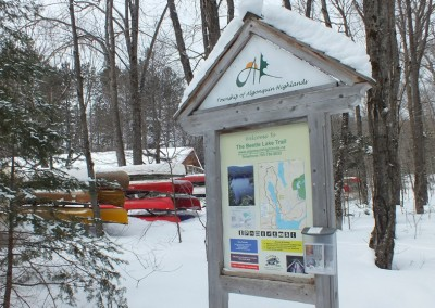 Beetle Lake Trail sign, Oxtongue Lake