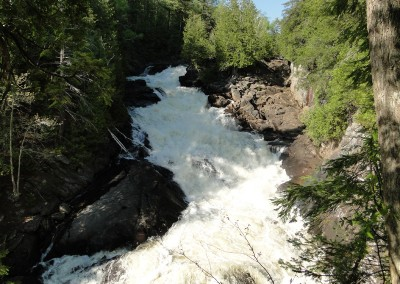Ragged Falls, Oxtongue Lake